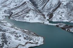 湖在冬天 库存照片