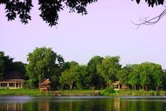 湖在动物园里 免版税图库摄影