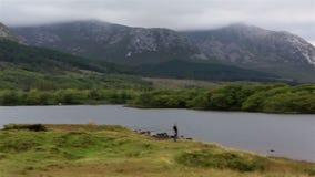 湖在国家公园Connemara 影视素材