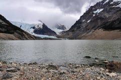 湖在塞罗Torre, El Chalten,阿根廷 免版税库存图片