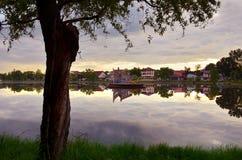 湖在布加勒斯特 免版税库存照片