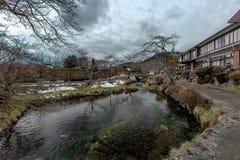 湖在忍野hakkai村庄,日本 免版税图库摄影