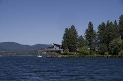 湖在斯波肯华盛顿附近的Coeur dAlene爱达荷 库存照片