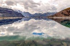 湖在瑞士阿尔卑斯 免版税图库摄影