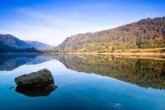 湖在Glendalough 免版税库存图片