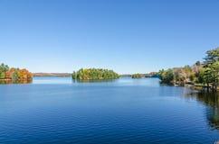 湖在Muskoka 库存照片