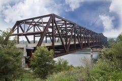 湖坎伯兰郡桥梁,肯塔基Rt 90 库存图片