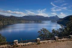 湖埃斯佩霍角重创的内乌肯省,阿根廷 库存图片
