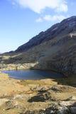 湖小的比利牛斯urdiceto 免版税图库摄影