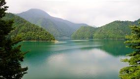 湖平安的东京 免版税库存照片