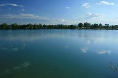 湖春天 库存照片