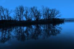 湖晚上 图库摄影