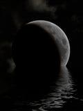 湖月亮 免版税库存图片
