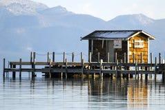 湖木码头的tahoe 免版税库存照片