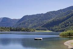 湖欣特尔塞在萨尔茨卡默古特 免版税库存照片
