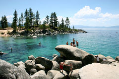 湖游泳tahoe 库存图片