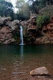 湖瀑布 免版税图库摄影