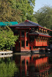 湖的中国餐馆 免版税图库摄影