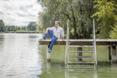 湖的人 图库摄影
