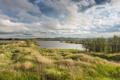 湖的俄国远东海湾的哈巴罗夫斯克边疆区由的 库存图片