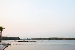 从湖的宁静 免版税库存图片