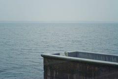 湖的私有船坞 免版税图库摄影