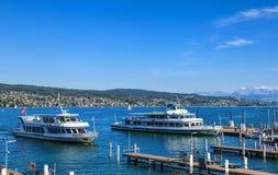 湖的苏黎世MS Pfannenstiel和MS利马特河在瑞士 免版税库存照片