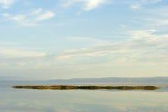 湖的水表面 免版税图库摄影