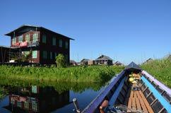 湖的Inle浮动庭院 免版税图库摄影