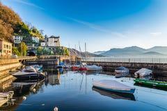 湖的Maggiore Verbano,瓦雷泽,意大利省马卡尼奥  在 库存图片
