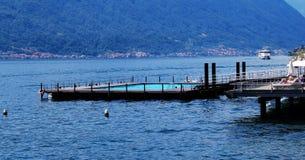 湖科莫湖,特雷梅佐,意大利水的游泳场  库存照片