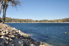 湖箭头看法  库存照片