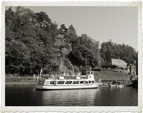 湖船的夫人 免版税库存图片