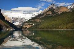 湖艾格尼丝。班夫亚伯大,加拿大 库存图片