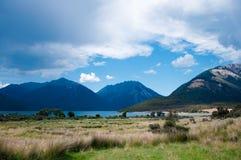 湖萨姆纳,坎特伯雷,新西兰 库存图片