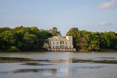 湖边宫殿 库存照片