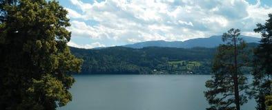 湖边视图 图库摄影