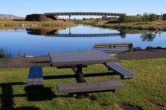 湖边野餐 库存照片