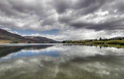 湖镜子新西兰 图库摄影