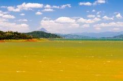 湖阿雷纳尔哥斯达黎加 免版税库存照片