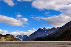 湖风景在西藏 库存照片
