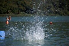 湖飞溅 图库摄影