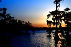 湖马丁多彩多姿的日落在南路易斯安那 免版税库存照片