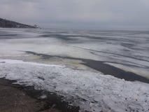 湖,冬天去 免版税库存图片