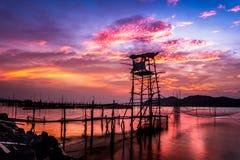 湖,宋卡,泰国的日出视图 免版税库存照片