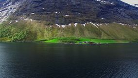 湖,河的海岸线的看法 海湾挪威 股票录像