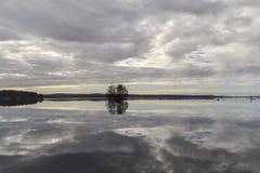 湖登陆一千 免版税库存图片