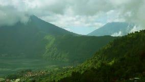 湖Batur有登上Kintamani和阿贡视图 影视素材