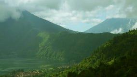 湖Batur Timelapse和登上Kintamani环境美化 股票视频