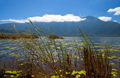 湖Beratan在Bedugul -巴厘岛009 免版税库存图片